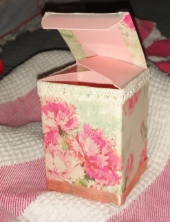 Pink gift box by Morag Noffke.